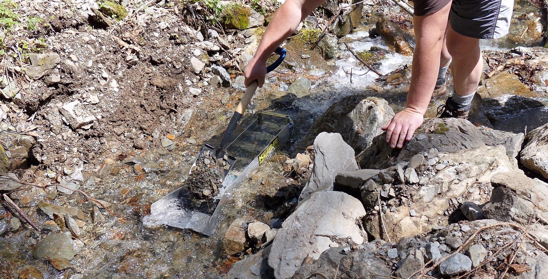 Goldprospektion_Geologie_Limonit (29) - Torsten Marx